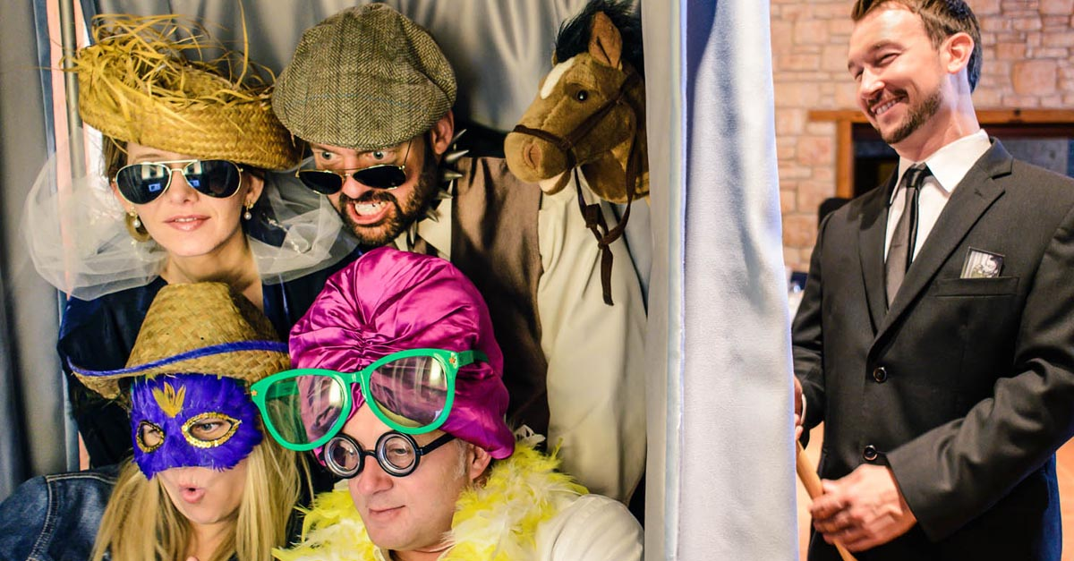 Minneapolis & St  Paul Photo Booth Rentals | The Traveling